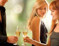 female flirting body language in action
